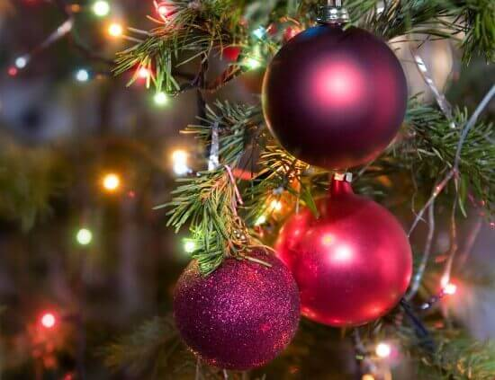 Decorating Tips For A Festive Christmas Tree