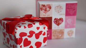 A Unique Gift Box
