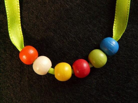 533e119aacafaf0a_640_beads