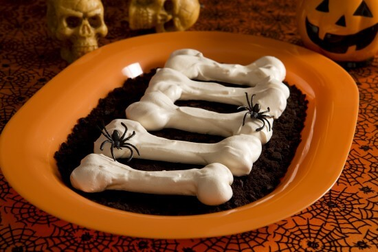 "Meringue ""Bones"""