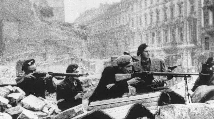 Warsaw Uprising by Tomaszewski Mazowiecka