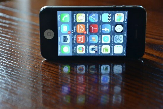 How to Stop Siri from Revealing Your Contacts