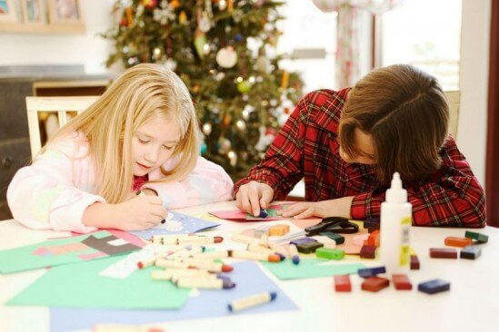 Toddler-Friendly Christmas Crafts