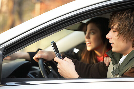 8 Apps to Stop Your Teen from Texting while Driving